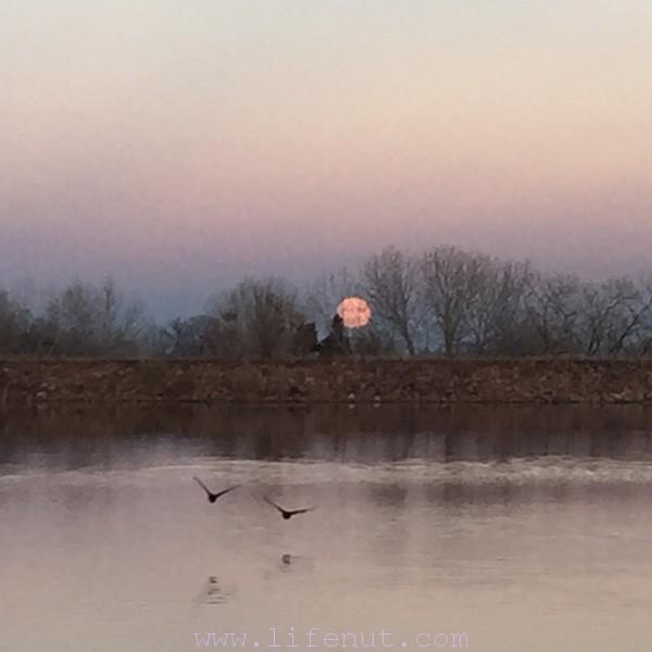 December's full moon rise